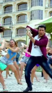 Aa Gaya Hero Hindi Movie Review and Rating 2017